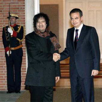 Zapatero recibe a Gadafi en la Moncloa (2007)